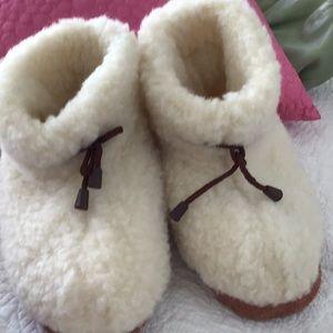 Handmade soft fluffy slippers, 8
